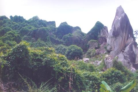 Núi Chứa Chan 02